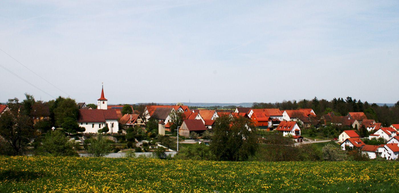 Panorama von Neustetten