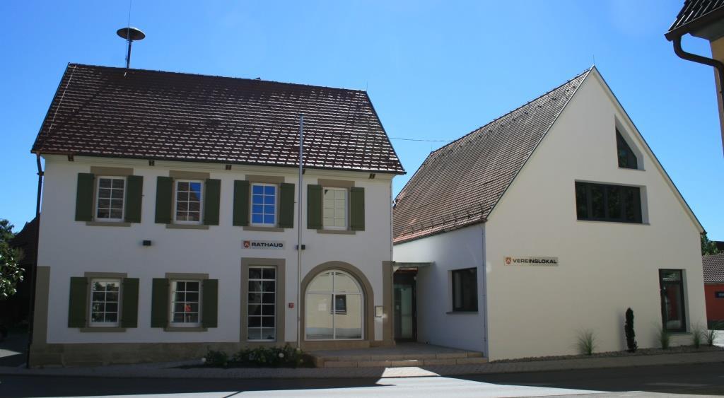 Außenansicht Rathaus und Vereinslokal Wolfenhausen