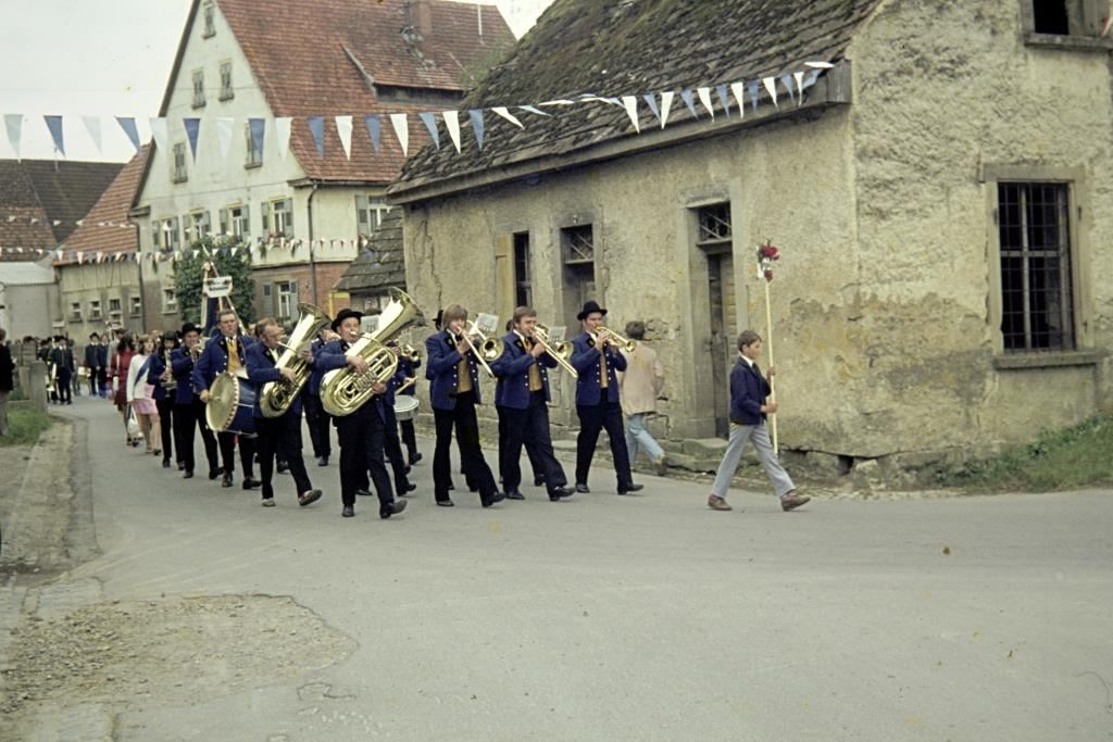 Umzug Musikverein